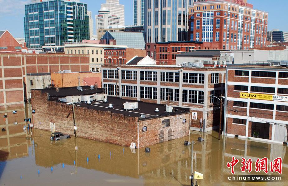 美国田纳西州遭遇特大洪水袭击